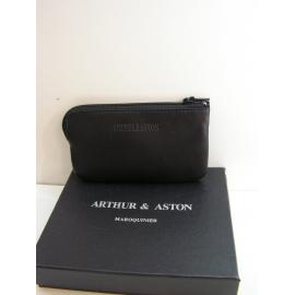 """Porte monnaie plat en cuir noir""""Arthur et Aston"""""""